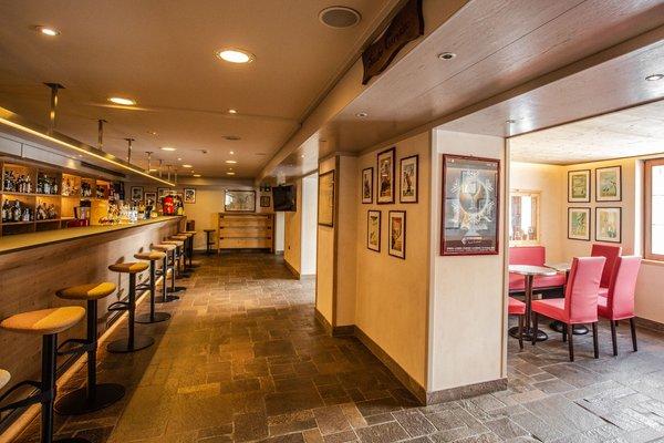 Foto von der Bar Sertorelli Sport Hôtel