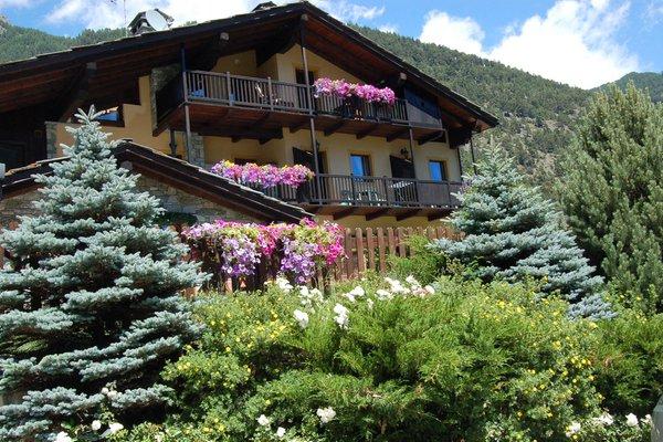 Foto estiva di presentazione R.T.A. Foyer d'Antan e Dipendenza - Residence 3 stelle
