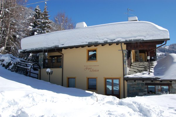 Foto invernale di presentazione Residence R.T.A. Foyer d'Antan e Dipendenza