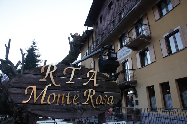 Foto Außenansicht Residence Hôtel Monte Rosa