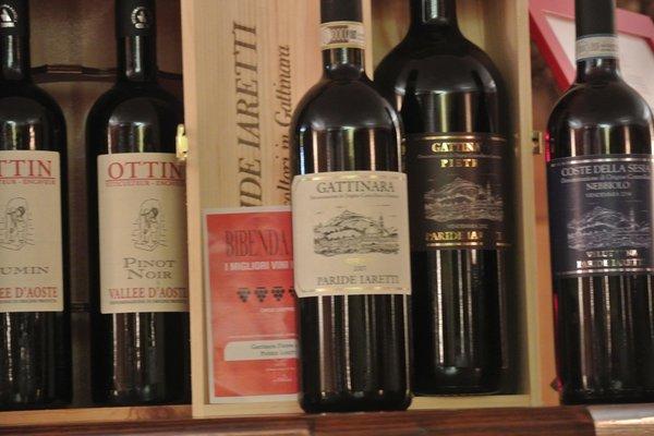 La cantina dei vini Gressoney-Saint-Jean (Monte Rosa) Alpenrose