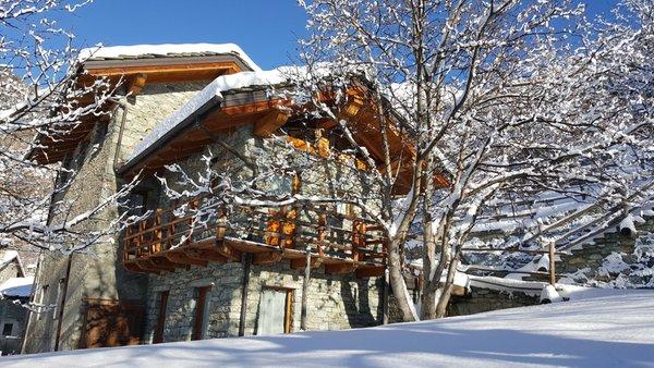Foto invernale di presentazione Clapeon - B&B + Appartamenti