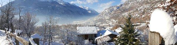 La posizione B&B + Appartamenti Clapeon Saint-Vincent (Valle Centrale)