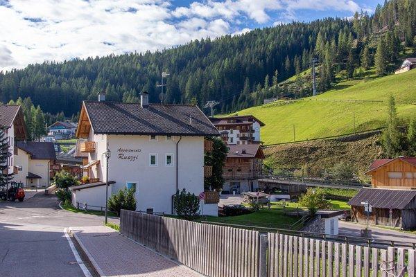 Foto esterno in estate Ruazzi