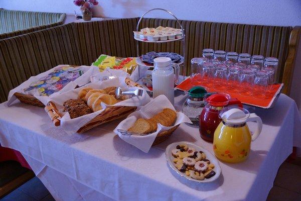 La colazione Ciasa Prades - B&B + Appartamenti 2 stelle