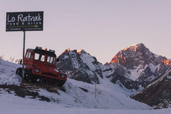 Foto esterno in inverno Lo Ratrak