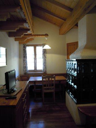 La zona giorno Ciasa Larcionè Dolomites - Appartamenti