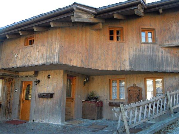 Foto esterno in estate Ciasa Larcionè Dolomites