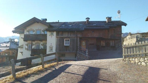 Foto esterno in inverno Ciasa Larcionè Dolomites