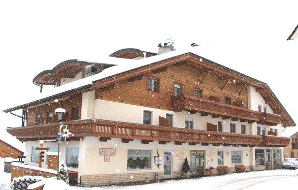 Foto invernale di presentazione Hotel Alpenrose - Rosalpina