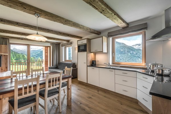 Foto della cucina Lüch de Tlara