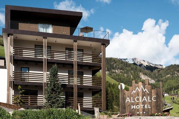 Foto estiva di presentazione Hotel Alcialc