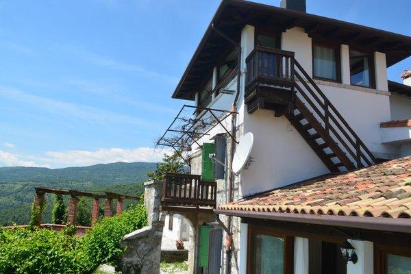 Foto estiva di presentazione Albergo diffuso Balcone sul Friuli