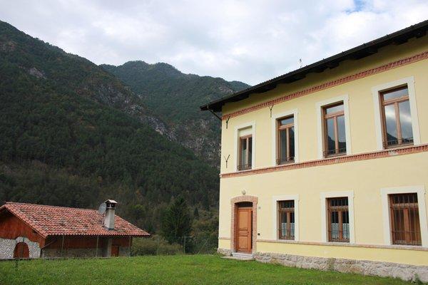Foto esterno in estate Mandi