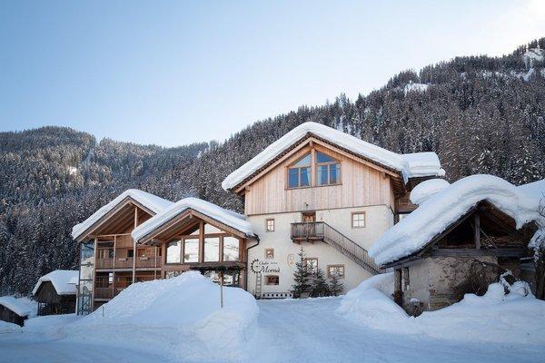 Foto esterno in inverno Chalet Mornà