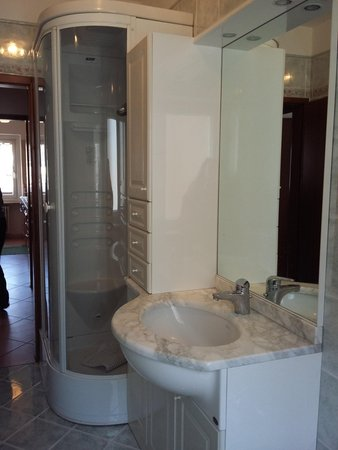 Photo of the bathroom Apartments Casa Moena