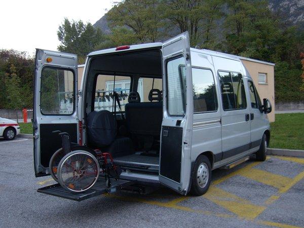 Mietwagen mit Fahrer Matiz Alberto com.xlbit.lib.trad.TradUnlocalized@49e018a6