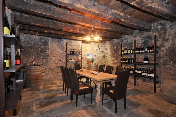 La cantina dei vini Sluderno Zum Weißen Rössl