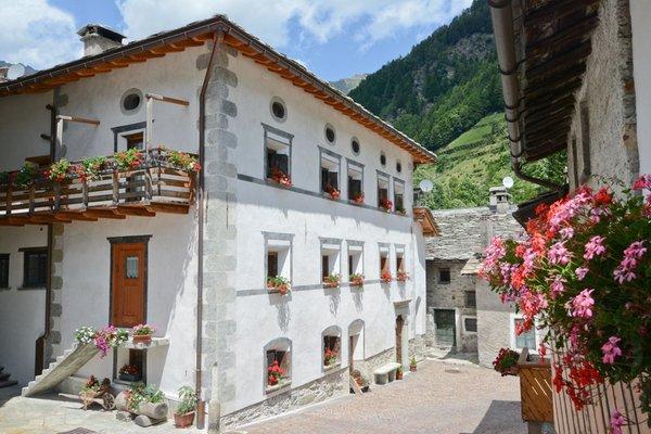 Foto estiva di presentazione Camere + Appartamenti Locanda del Cardinello
