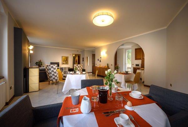 The restaurant Tirano Sweet Home