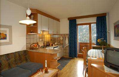 Der Wohnraum Ferienwohnungen Ciasa Saina