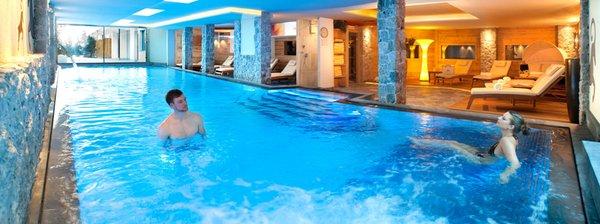 La piscina Wellness e Day SPA ABINEA - Wellness e Spa