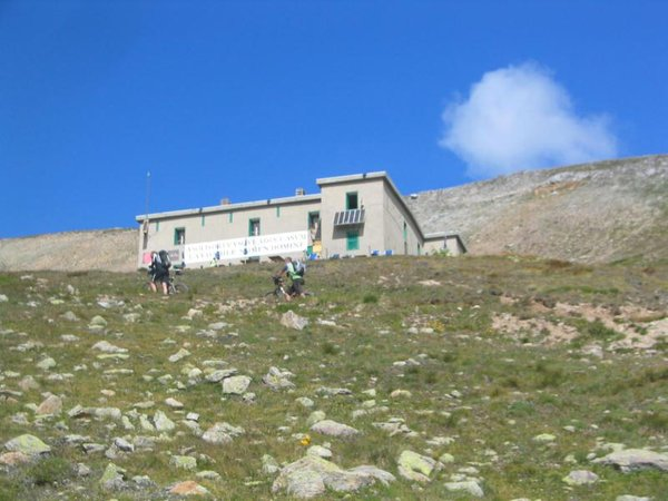 Präsentationsbild Berghütte mit Zimmern Passo di Cassana