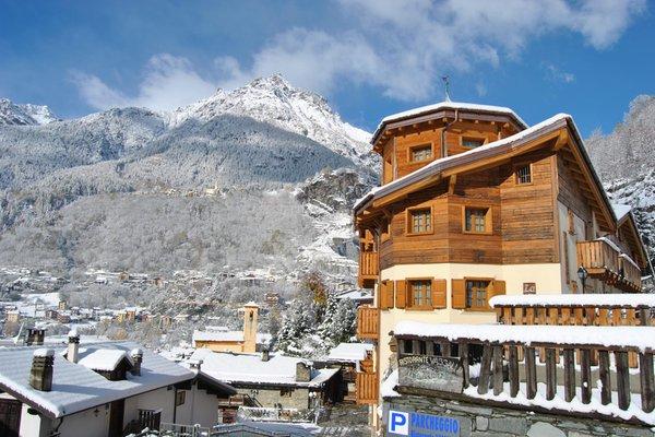 Foto invernale di presentazione Casa Vacanza La Rocca - Appartamenti