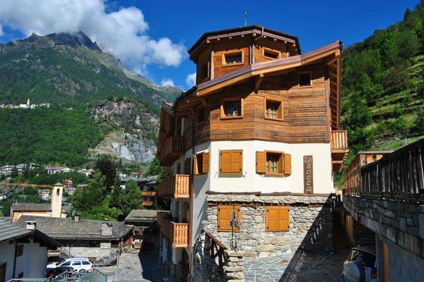 Foto estiva di presentazione Casa Vacanza La Rocca - Appartamenti