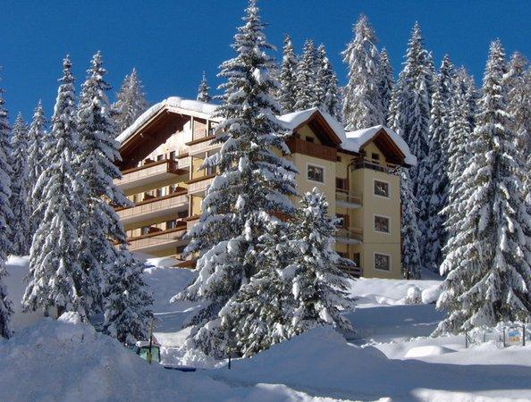 Foto invernale di presentazione Panorama - Residence 3 stelle