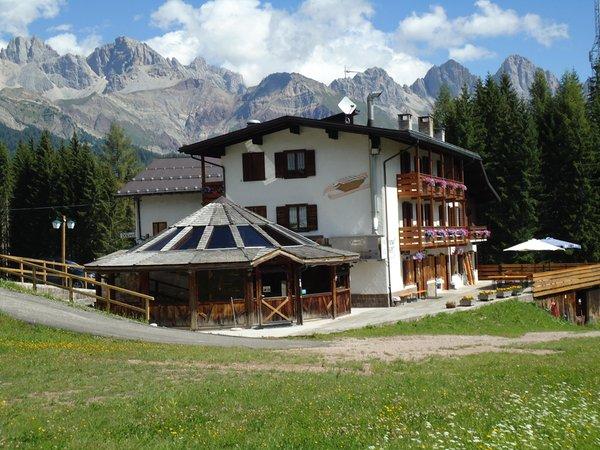 Foto estiva di presentazione Dolomiti - Hotel 2 stelle
