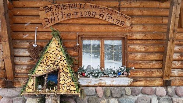 Foto esterno in inverno Flora Alpina