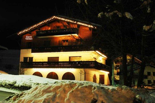 Winter presentation photo B&B (Garni) Valdan
