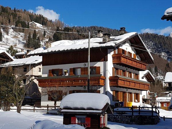 Foto invernale di presentazione Appartamento Abete Rosso