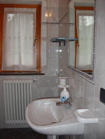 Foto vom Bad Berghütte mit Zimmern Poschiavino