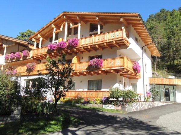 Foto estiva di presentazione Brunello - Residence 3 stelle sup.