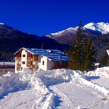 Photo exteriors in winter Ski Residence