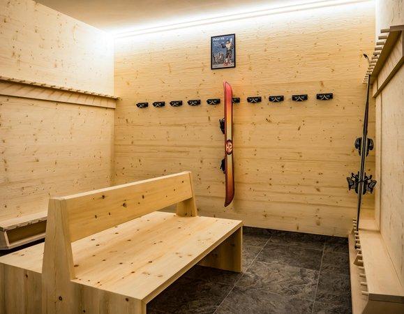 La skiroom Appartamenti in agriturismo Moarlhof