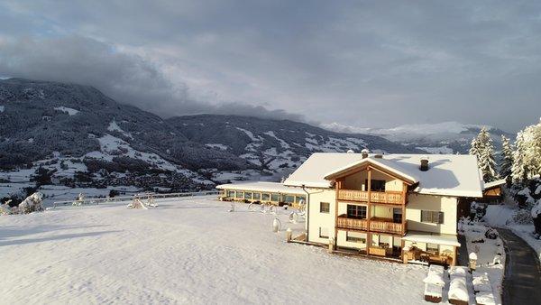 Foto esterno in inverno Moarlhof