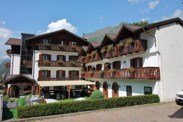 Foto estiva di presentazione Hotel Ai Tre Ponti