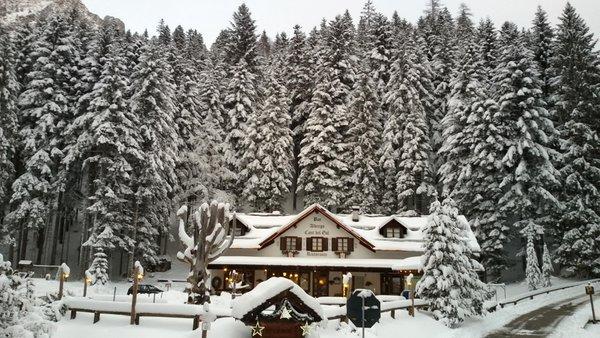 Foto invernale di presentazione Albergo Cant del Gal