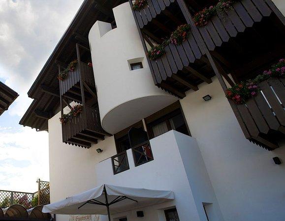 Photo exteriors in summer Castel Pietra