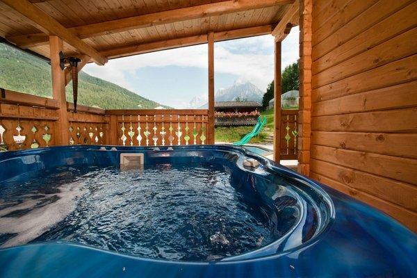 Swimming pool Hotel El Mondin