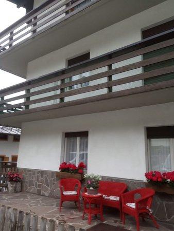 Foto esterno in estate Zecchini