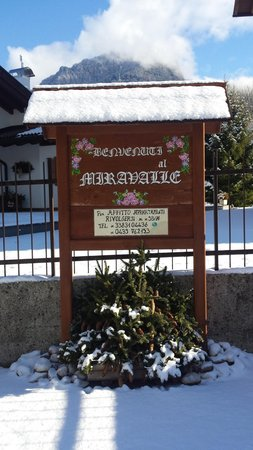 Foto esterno Appartamenti Lucian Maria 46