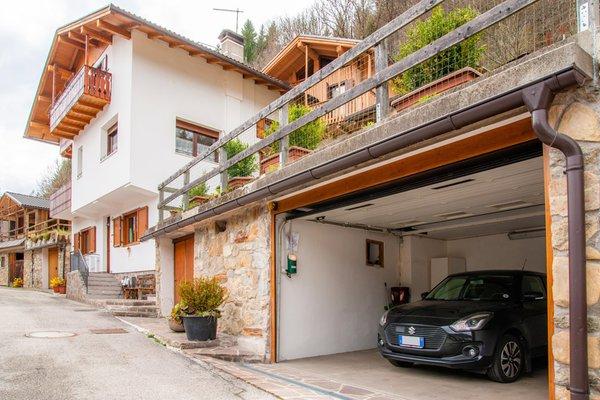 Foto estiva di presentazione Appartamenti Casa Elena