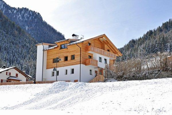 Foto invernale di presentazione Appartamenti Cesa Leni