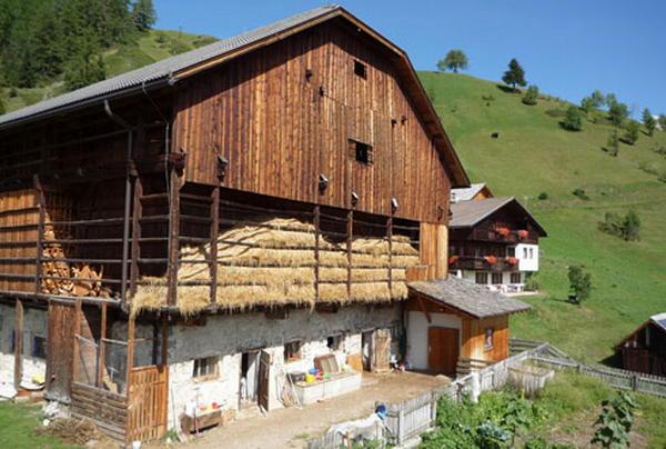Sumaela - Ferienwohnungen 2 Blumen La Val