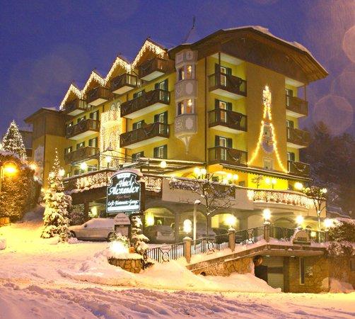 Foto invernale di presentazione Alexander - Hotel + Residence 3 stelle sup.