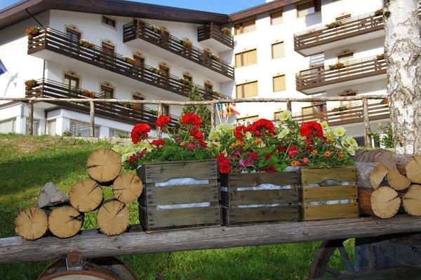 Foto estiva di presentazione Splendid - Hotel 3 stelle